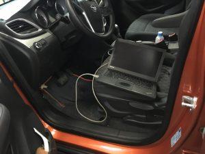 Установка АЗ на Opel Mokk